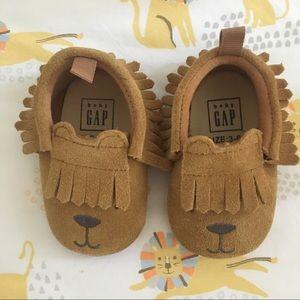 🐻Baby GAP bear moccasins🐻